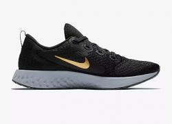Nike Legend React | Womens